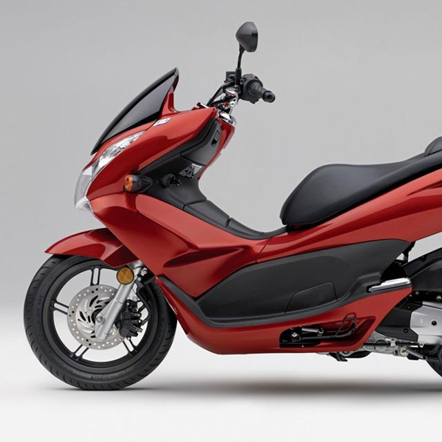 Honda PCX up to 2017 Scooter Leg Covers
